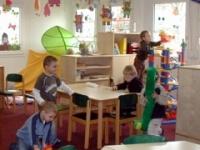 На оснащение медицинских кабинетов в детсадах и школах Великого Новгорода выделили 10 миллионов рублей